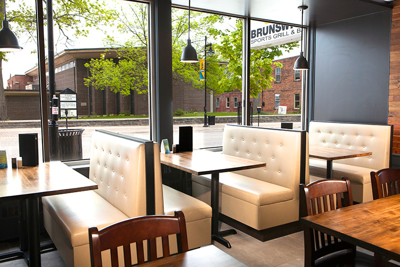 Contemporary restaurant Brunswick Sports Grill and Bar